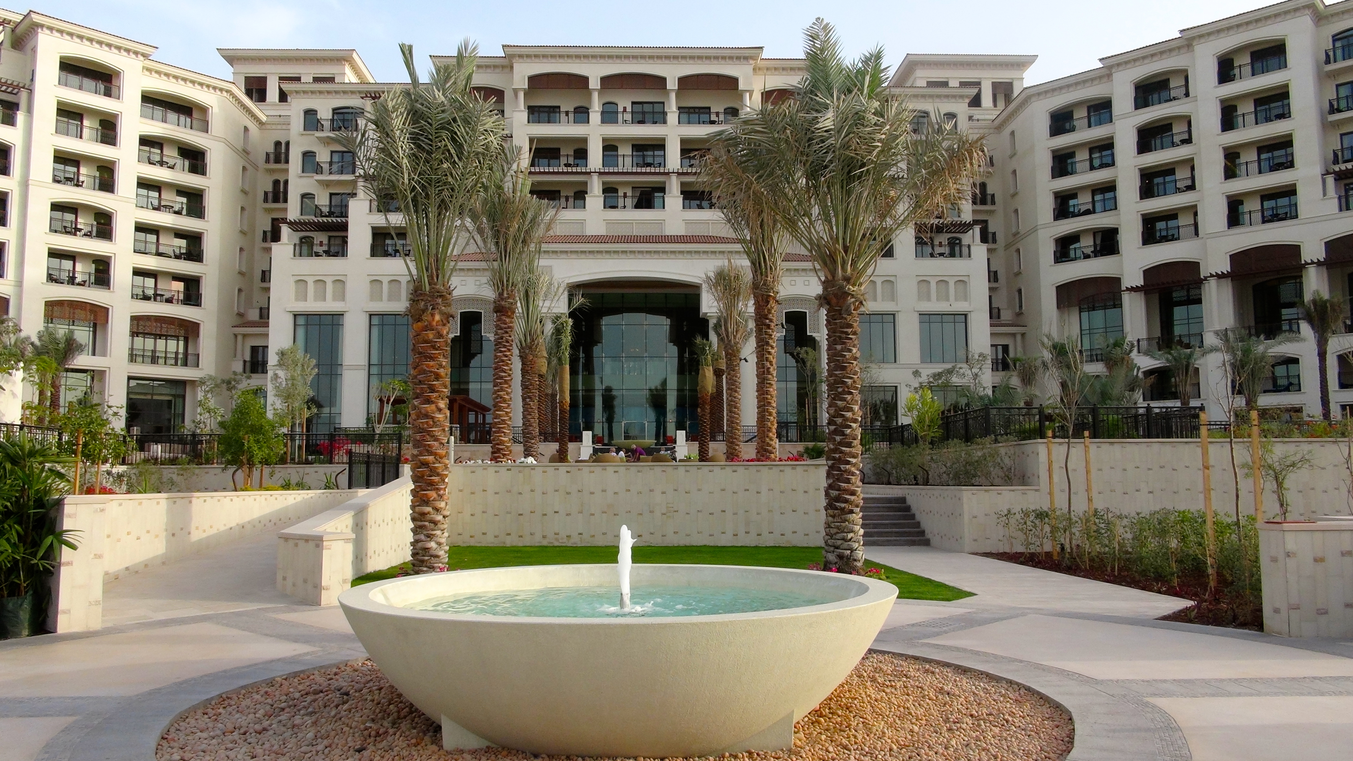 Kdhamptons travel diary the stunning st regis saadiyat for St regis