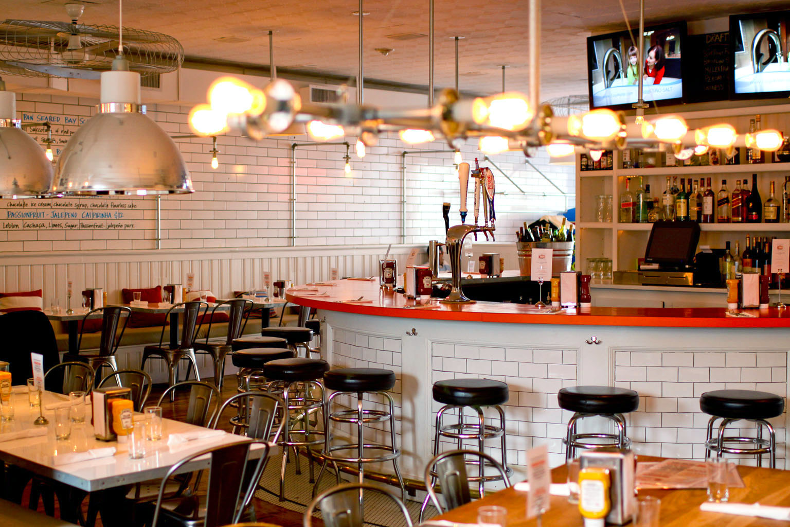 The 10 best family restaurants in the hamptons kdhamptons for Kids restaurants