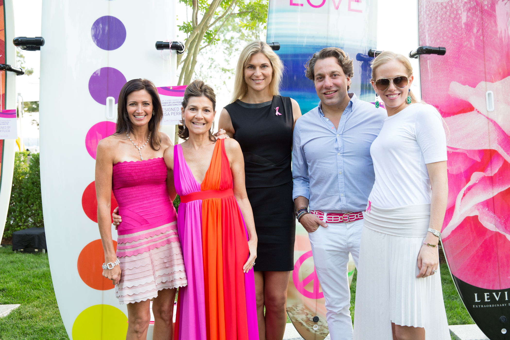 New kdhamptons party diary lisa amp richard perry party for pink