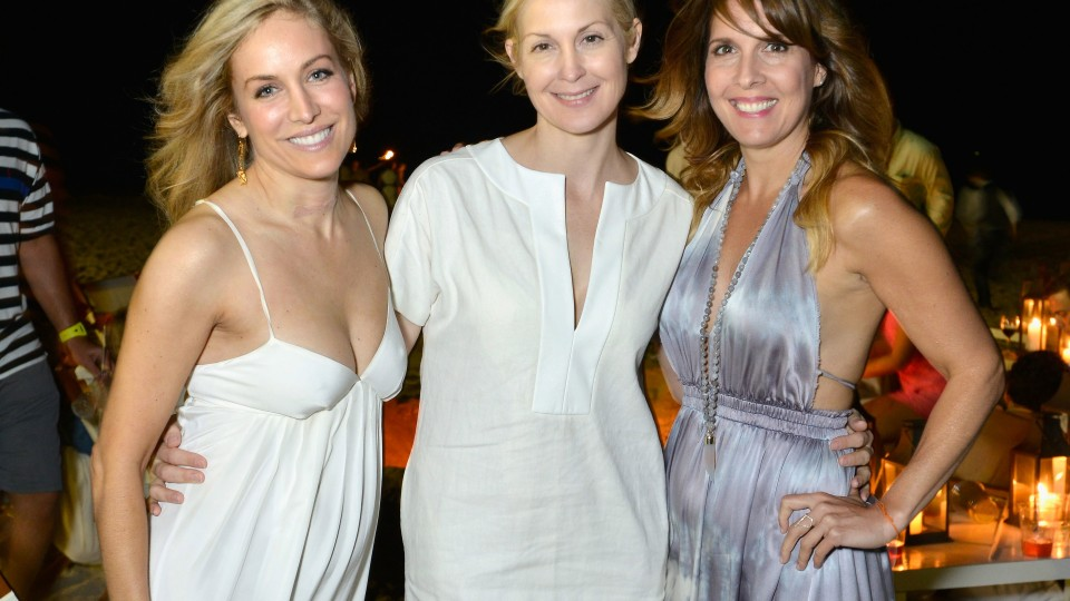 Laura Frerer-Schmidt, Kelly Rutherford and Michele Promaulayko