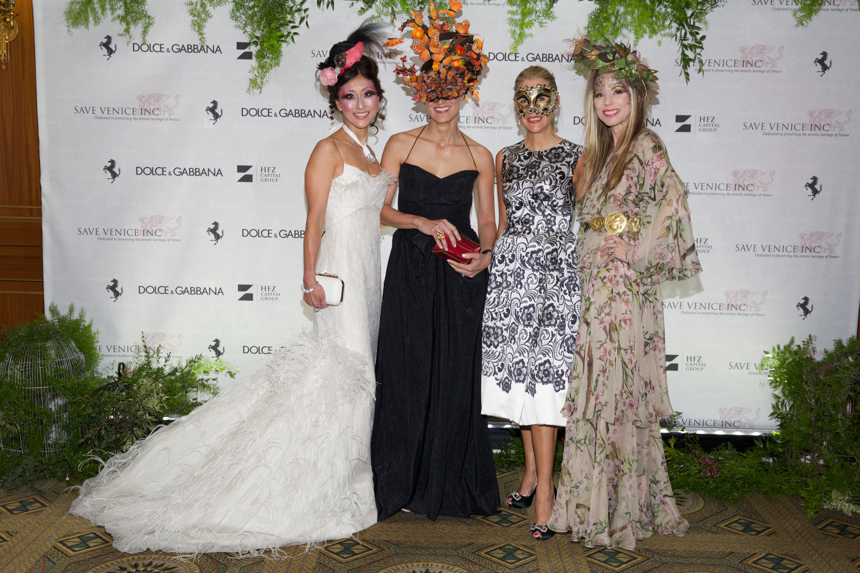 New Kdhamptons Party Diary Save Venice Hosts Enchanted Garden Masked Ball Kdhamptons