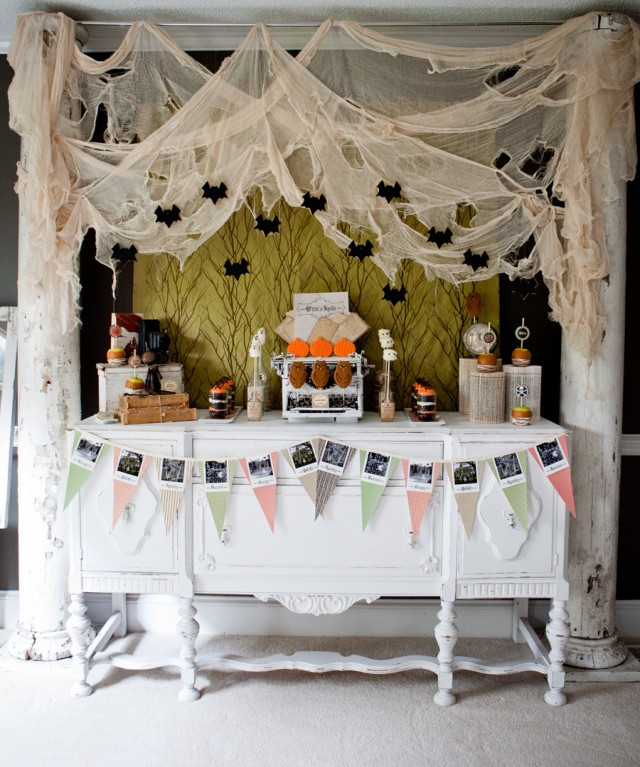 planning a fabulous hamptons halloween party kdhamptons contributing entertaining design editors maureen anders and adria ruff share their inspired ideas - Halloween Design Ideas