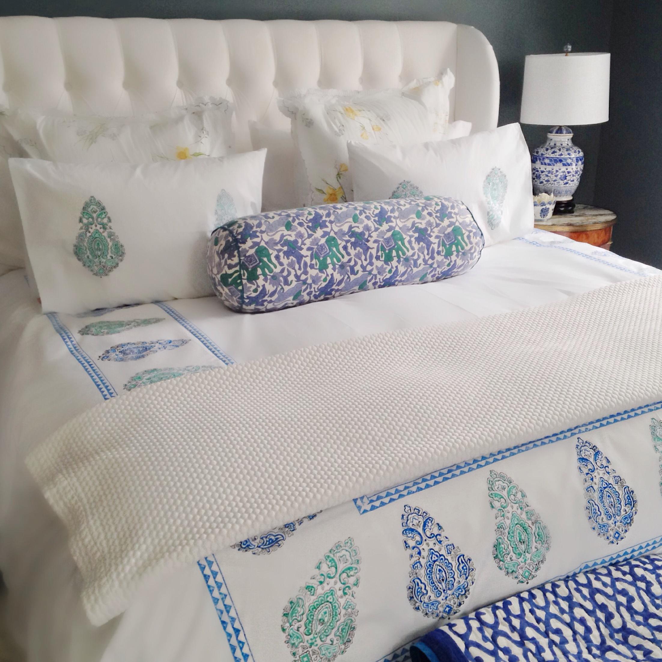 throw pillow p diwan decorative pillows robshaw jr john am bed htm bedding