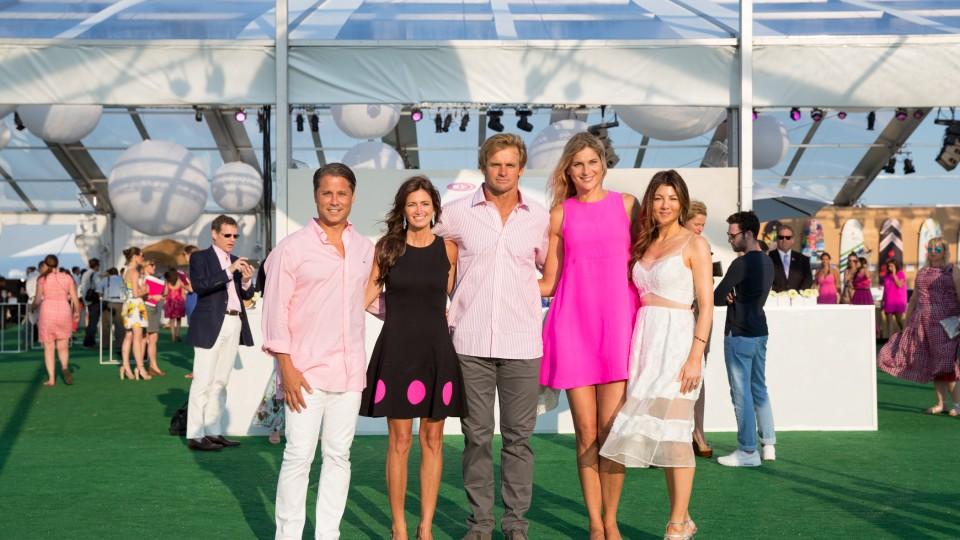 Paddle For Pink Larry Baum, Maria Baum, Laird Hamilton, Gabby Reece, Christina Steinbrenner_ Credit, Michael Blanchard.