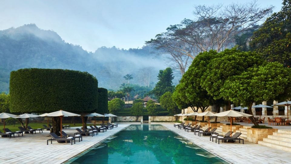 JrachAmanjiwo-Indonesia-Main-Swimming-Pool_High-Res_11222