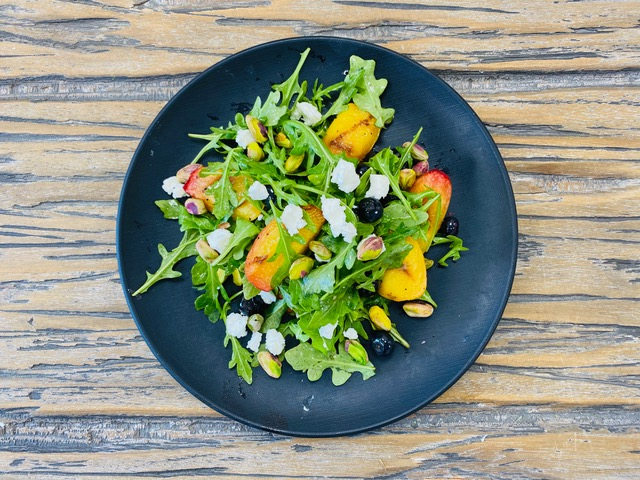 Grilled-Peach-Salad.HEIC_
