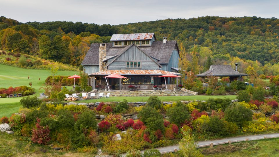 Aerial-shot-of-Ridge-House-and-landscape_Andy-Carlson